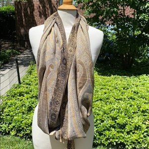 Collection Eighteen Gold and Black Shawl